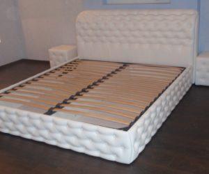 Обивка кроватей